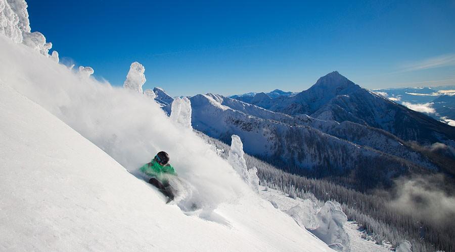 Skiing at Revelstoke Mountain Resort